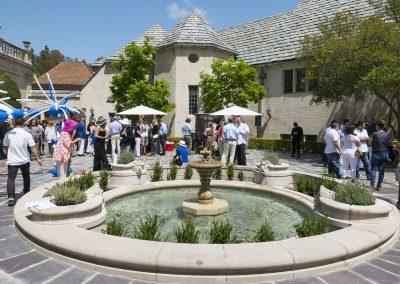 Spectators in Greystone courtyard