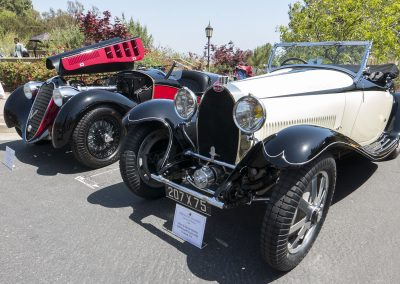 In the foreground, 1929 Bugatti Type 43/44