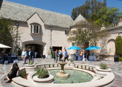 Greystone Mansion courtyard