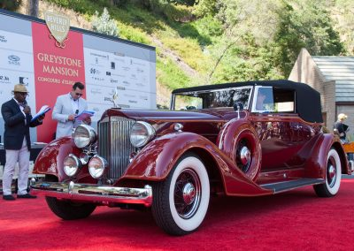 Class winner - 1934 Packard Super Eight Convertible Victoria